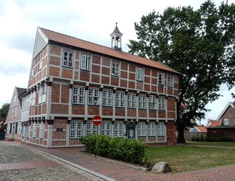Abb. 10: Die Lateinschule von 1614 in Otterndorf